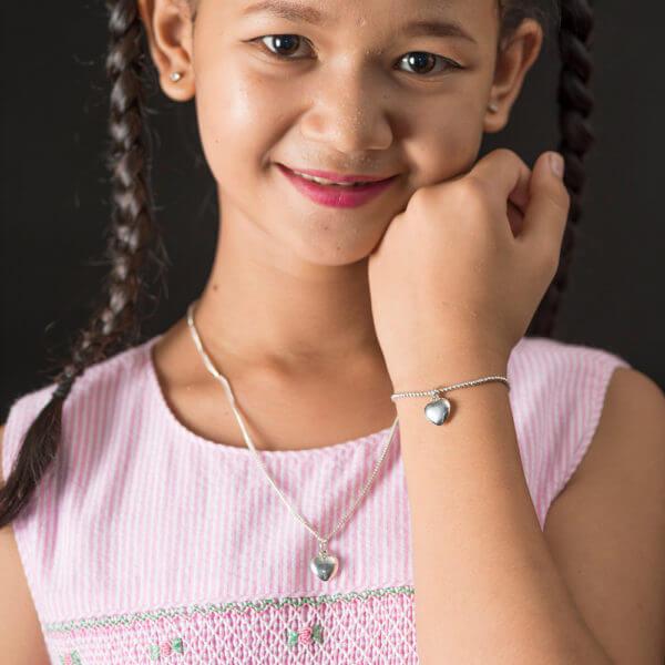 Danei modeling puff heart bracelet and pendant